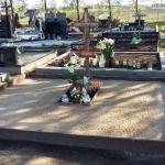 Kapavietės nuotrauka prieš kapų tvarkymą ir kapo įrengimą Marijampolėje