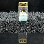 Žvakė po atliktų kapų tvarkymo darbų Vilniuje
