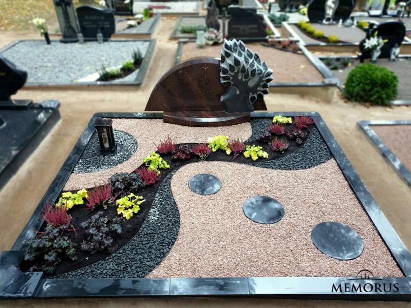 kapo tvarkymas su granito dekoracijomis ir dvieju spalvu skaldele