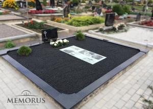 Kapo tvarkymas naudojant nuotraukas su mirusiojo atvaizdu kapo viduje
