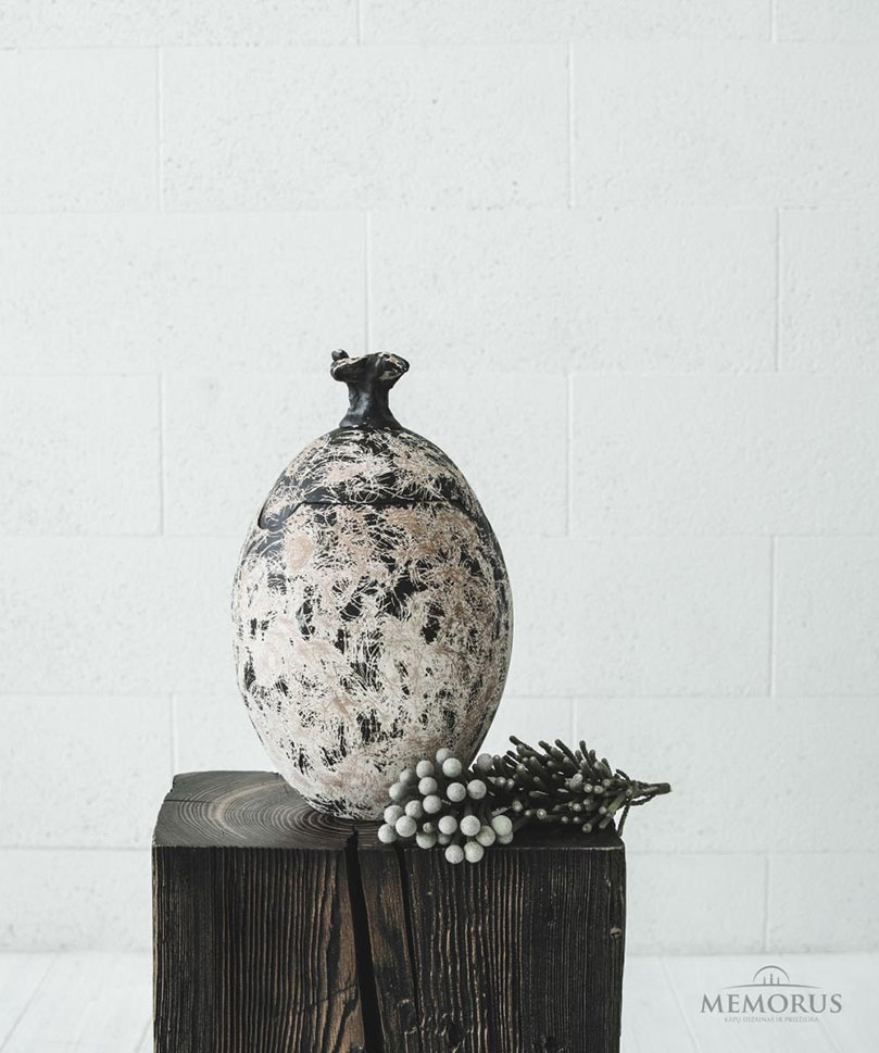 ovali-israizyta-urna