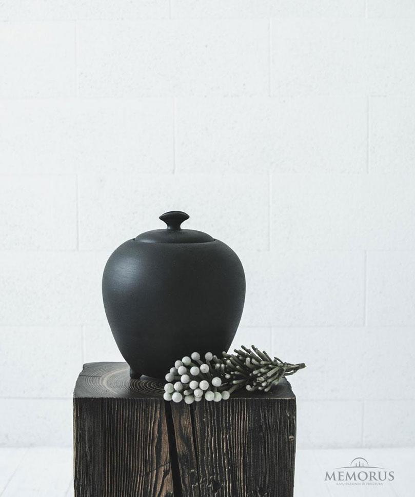 ovali-urna-ant-kojeliu