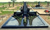 Kapavietės sutvarkymas ir kapo apželdinimas daugiametėmis ir vienmetėmis gėlėmis Šiauliuose