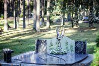 Paminklas kapo tvarkymas