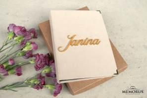Atminimo knyga su gėlėmis