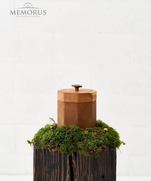 dviejų spalvų medine kremavimo urna