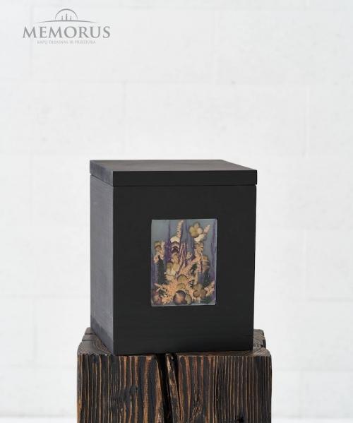 medine kremavimo urna su geliu kompozicija