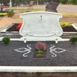 Kapo sutvarkymas naudojant šviesius elementus kapo viduje