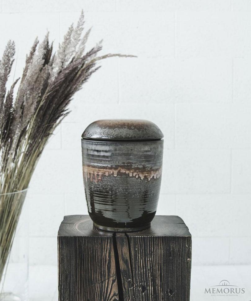 urna Titanium