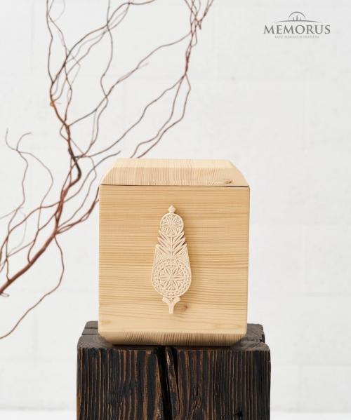 sviesi medine urna su autorine verpstyte